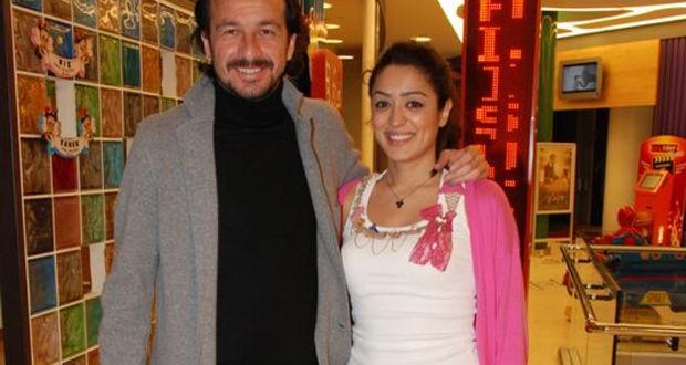 Eski futbolcu Yusuf Şimşek eşine ev ve araba verip ayrıldı